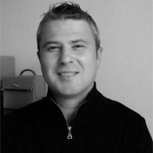 Artan Sinani, Developer